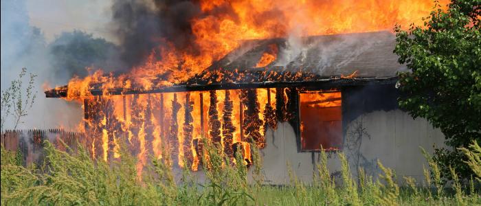 IMG - Een brandend huis in vluchten